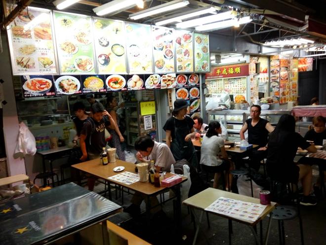 上野・アメヤ横丁に「中国本場」のような屋台が開店していた!